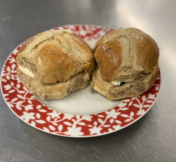 Legendspies. Hot Cross Buns