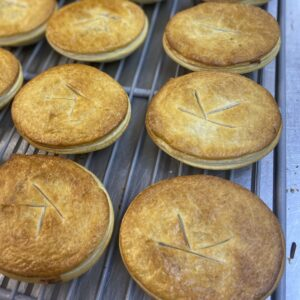Legendspies. Steak and Kidney pie